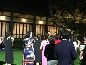 明治記念館 結婚式 中庭